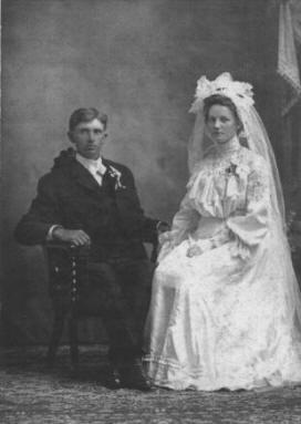 Ole & Mae (Olson) Olson